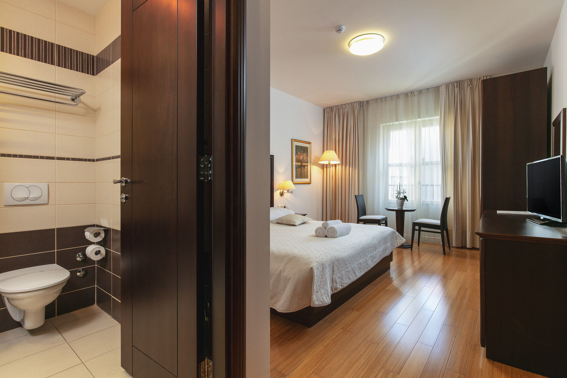 Double room entrance|Hotel Croatia