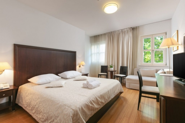 Comfort room with balcony|Hotel Croatia